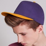 Modelfoto; purple/gold